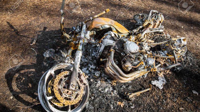 MOTO-BRULEE-2-777x437